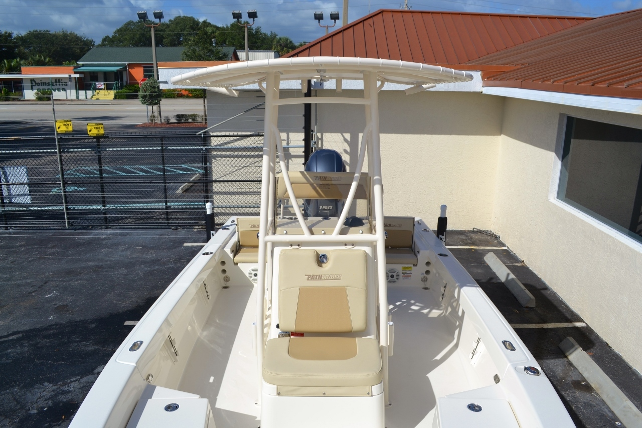 Thumbnail 17 for New 2016 Pathfinder 2200 TRS Bay Boat boat for sale in Vero Beach, FL