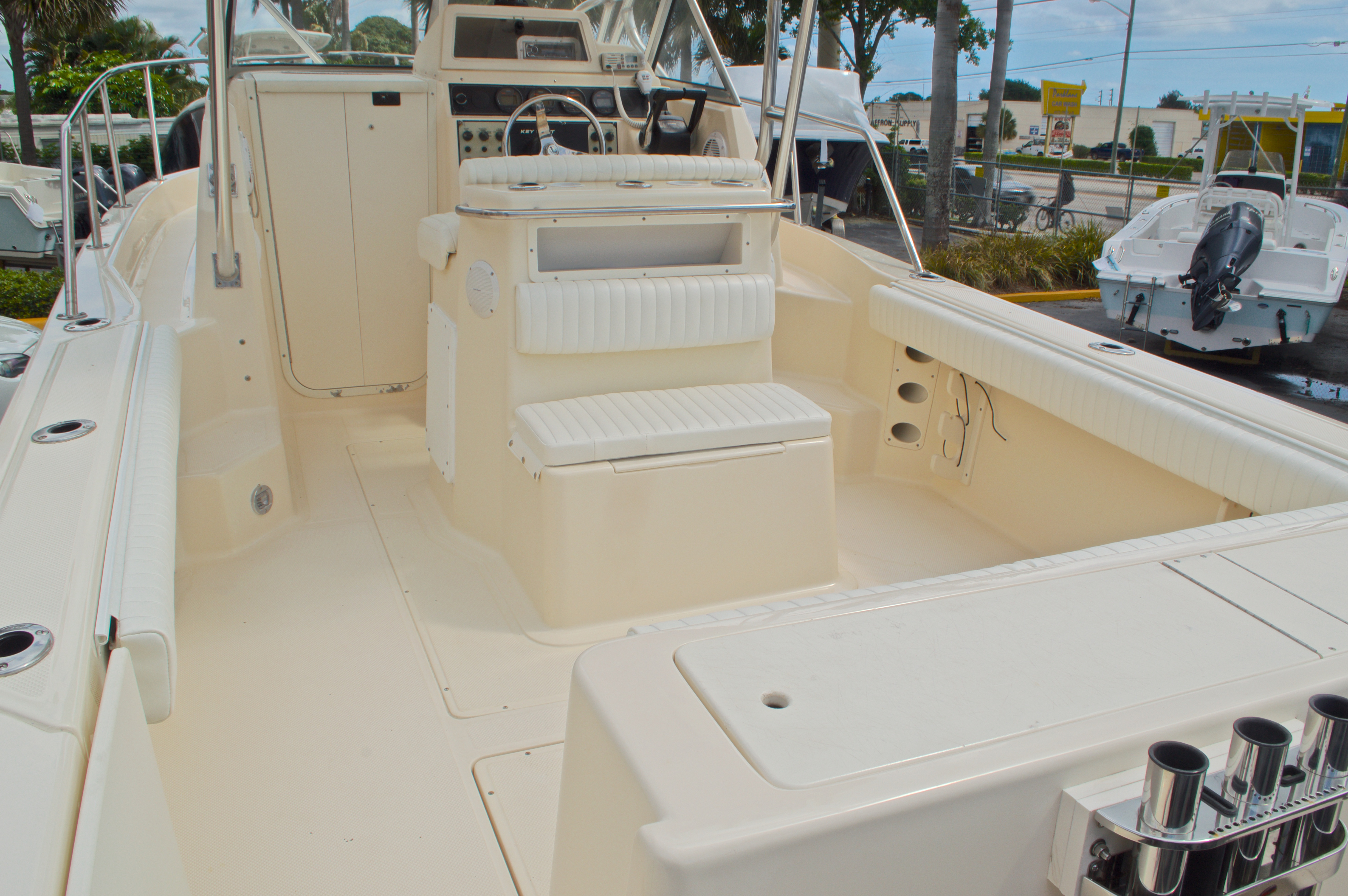 Thumbnail 15 for Used 2005 Key West 2300 WA Walkaround boat for sale in West Palm Beach, FL