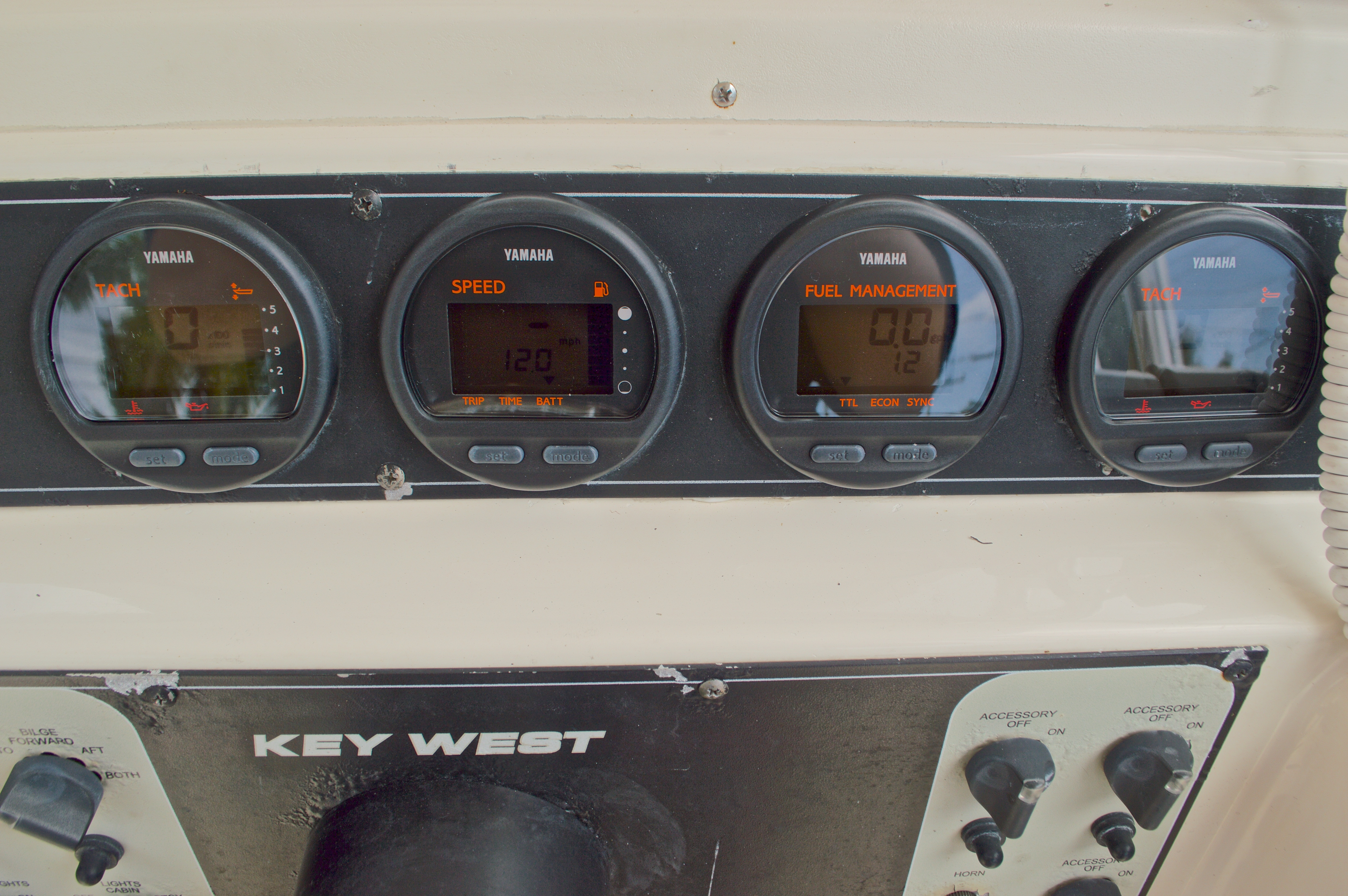 Thumbnail 32 for Used 2005 Key West 2300 WA Walkaround boat for sale in West Palm Beach, FL