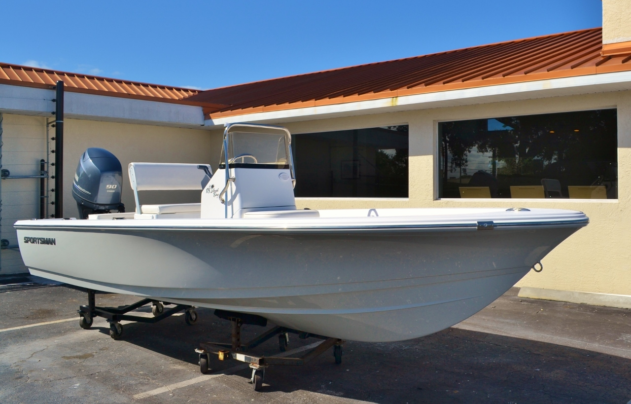 Thumbnail 1 for New 2016 Sportsman 18 Island Bay boat for sale in Vero Beach, FL