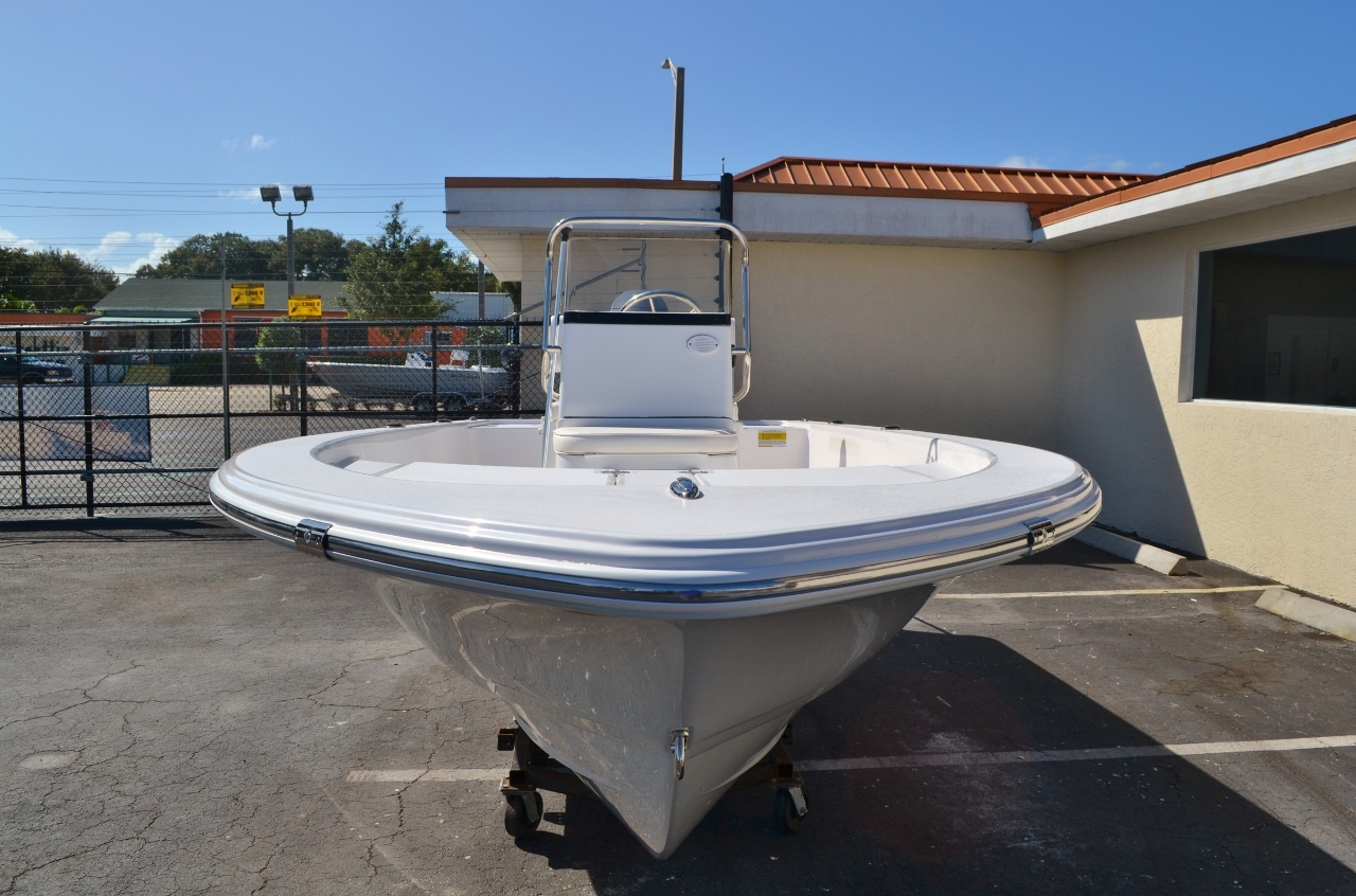 Thumbnail 2 for New 2016 Sportsman 18 Island Bay boat for sale in Vero Beach, FL
