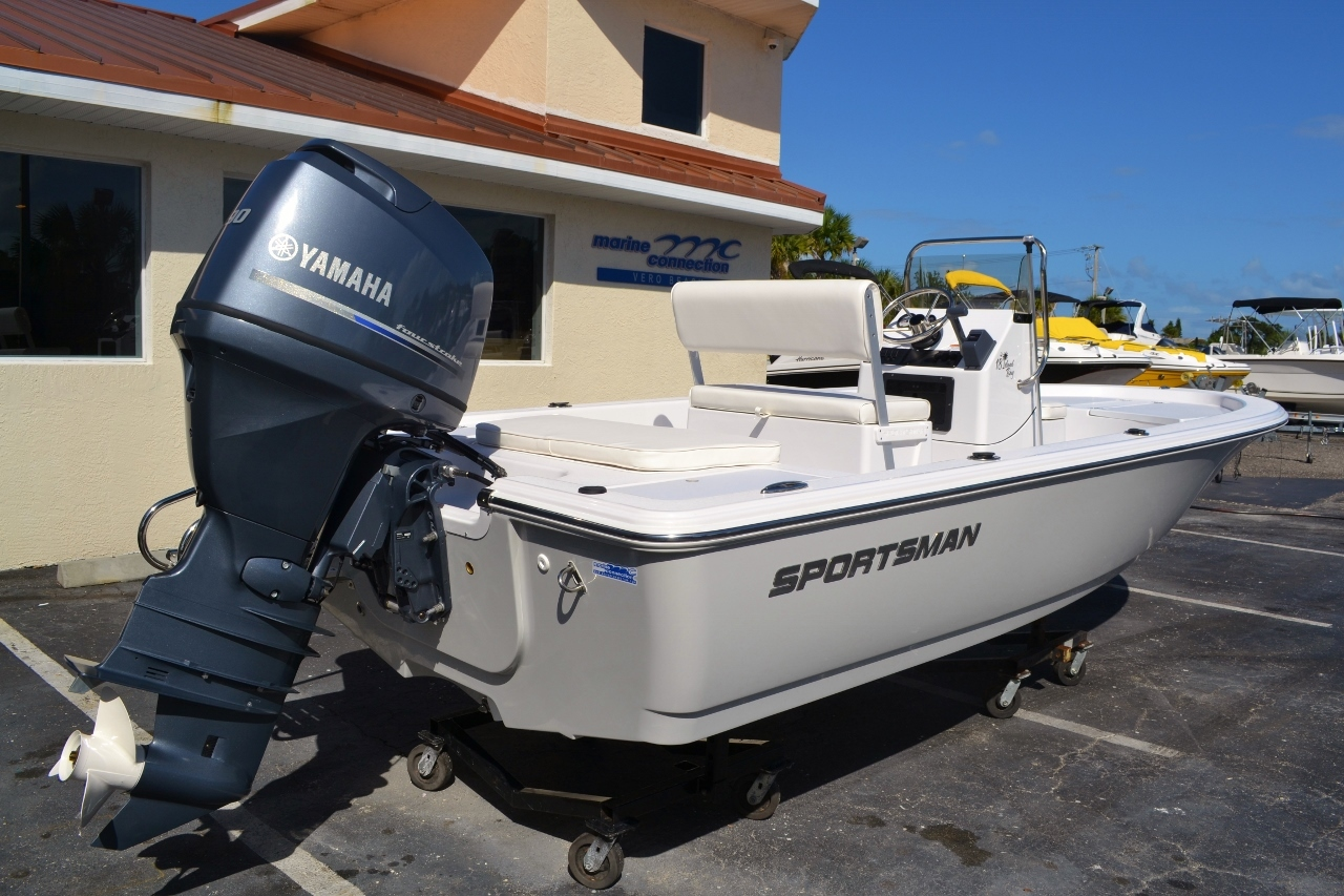 Thumbnail 6 for New 2016 Sportsman 18 Island Bay boat for sale in Vero Beach, FL