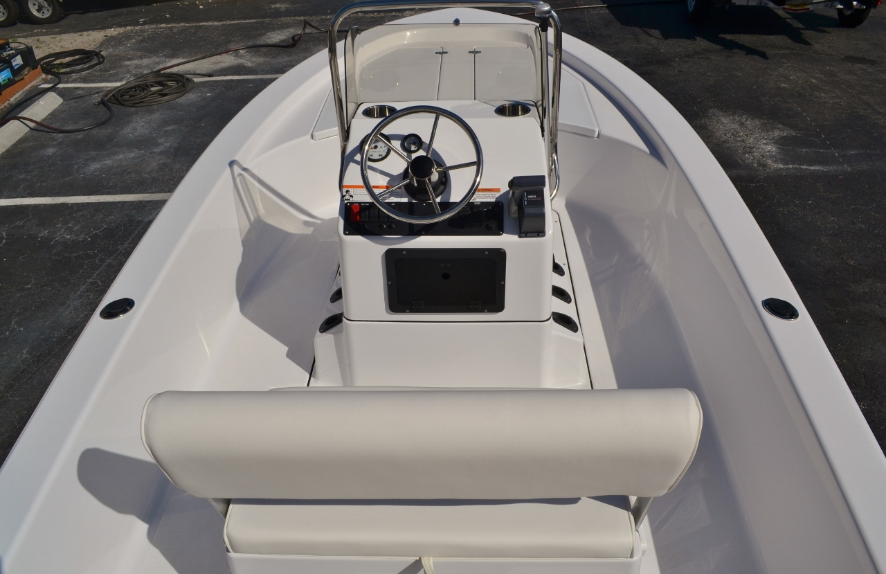 Thumbnail 9 for New 2016 Sportsman 18 Island Bay boat for sale in Vero Beach, FL
