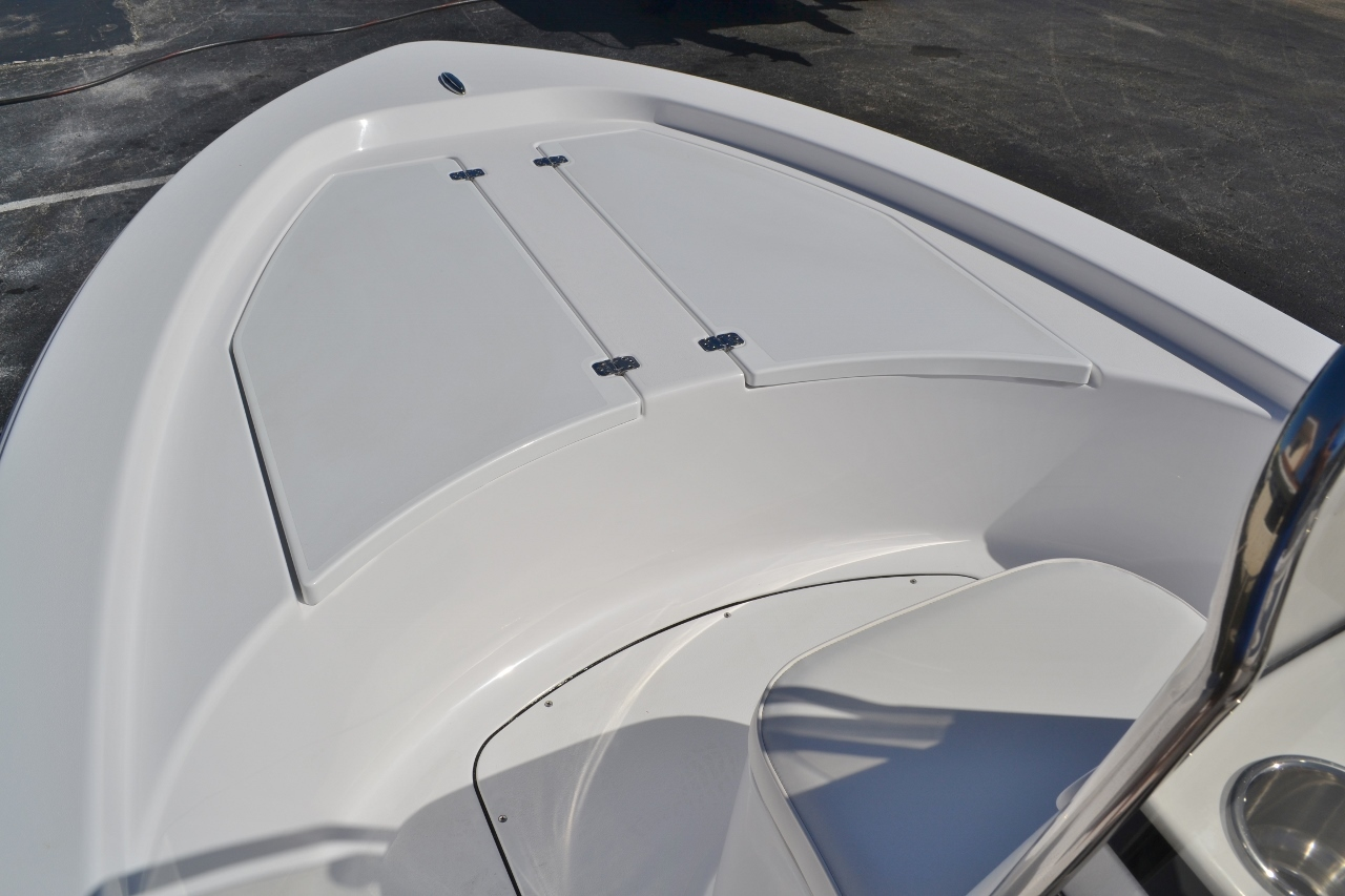 Thumbnail 11 for New 2016 Sportsman 18 Island Bay boat for sale in Vero Beach, FL