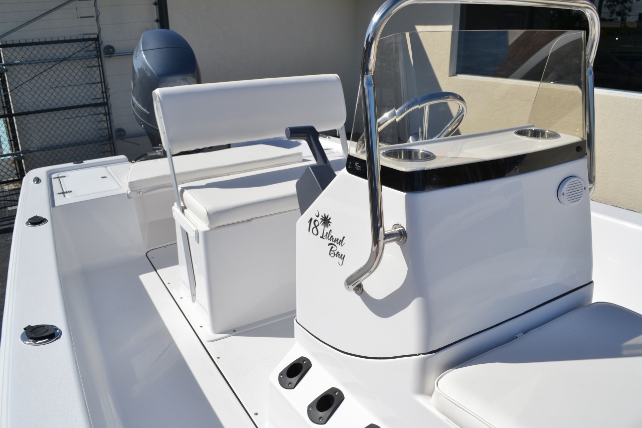Thumbnail 15 for New 2016 Sportsman 18 Island Bay boat for sale in Vero Beach, FL