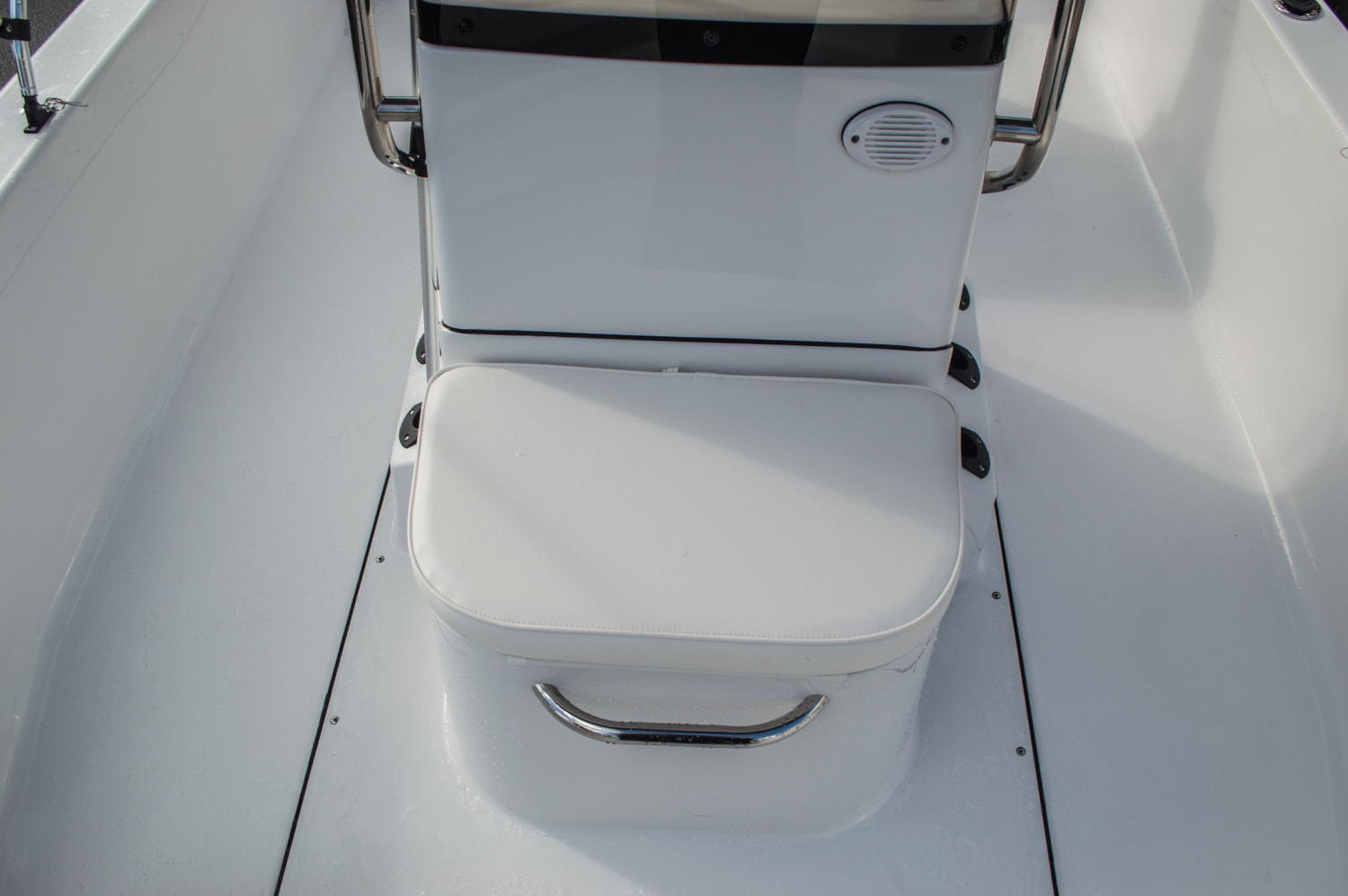 Thumbnail 16 for New 2016 Sportsman 20 Island Bay boat for sale in West Palm Beach, FL
