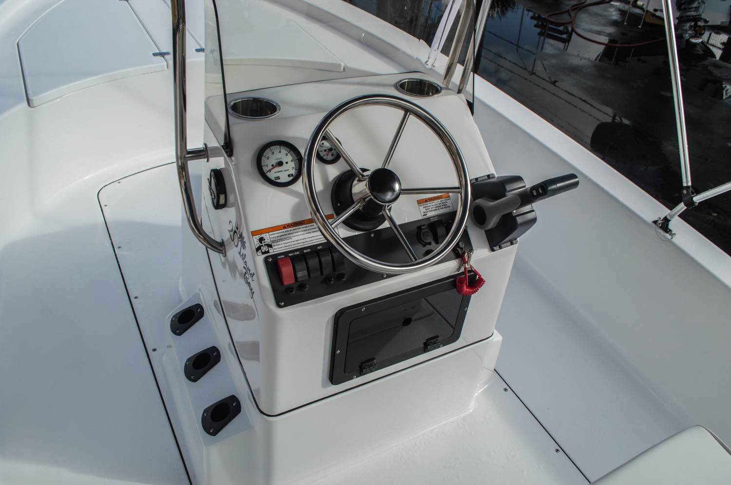 Thumbnail 19 for New 2016 Sportsman 20 Island Bay boat for sale in West Palm Beach, FL