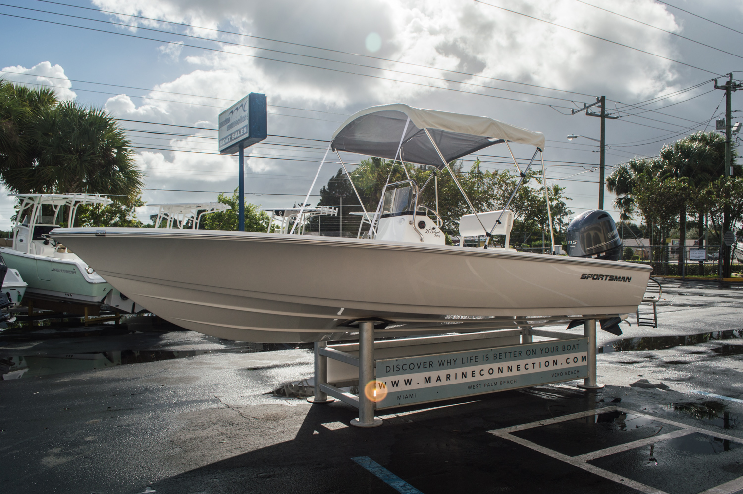 Thumbnail 3 for New 2016 Sportsman 20 Island Bay boat for sale in West Palm Beach, FL