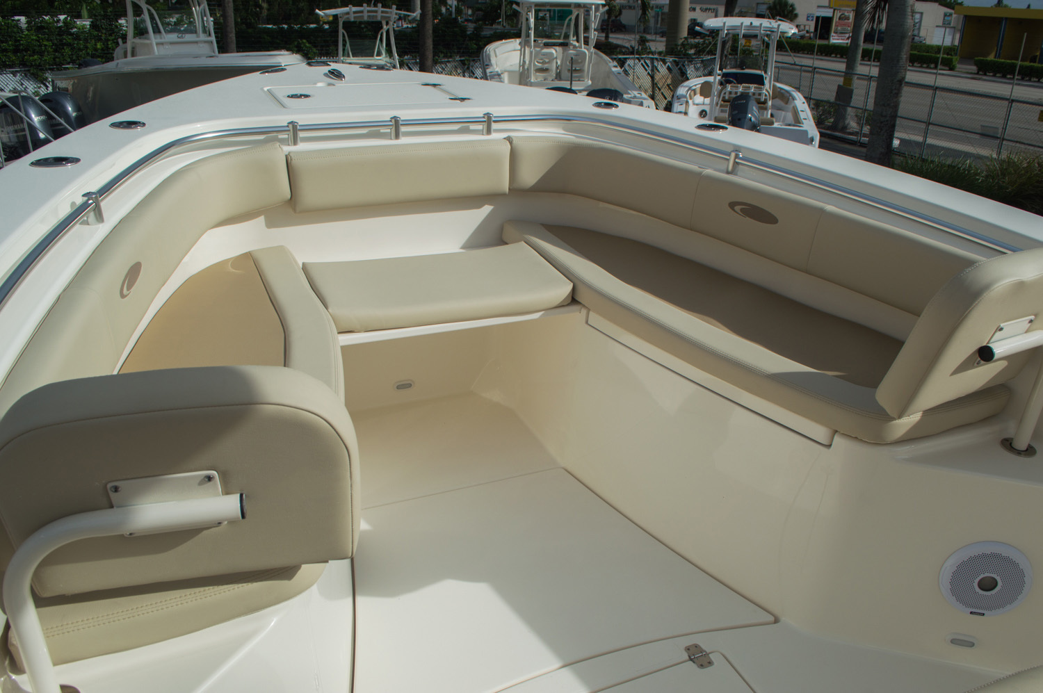 Thumbnail 19 for New 2016 Cobia 296 Center Console boat for sale in Vero Beach, FL