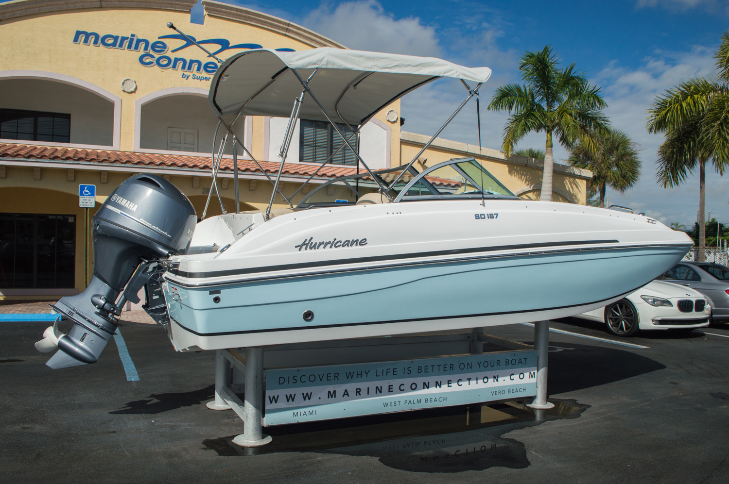 Thumbnail 7 for New 2016 Hurricane SunDeck SD 187 OB boat for sale in West Palm Beach, FL