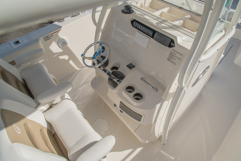 Thumbnail 31 for New 2016 Sailfish 320 CC Center Console boat for sale in West Palm Beach, FL
