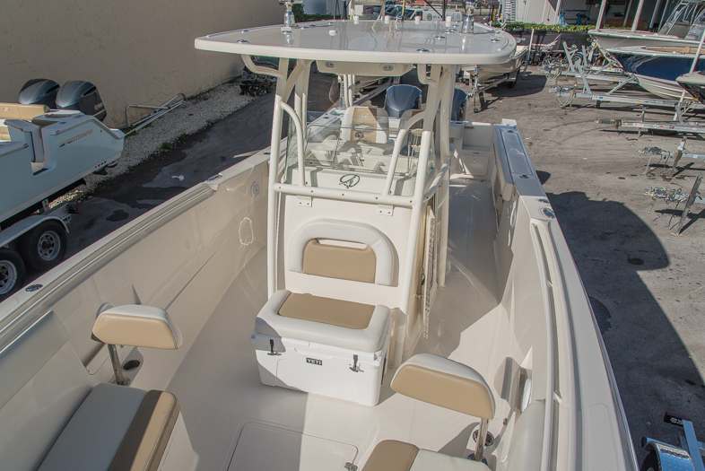 Thumbnail 53 for New 2016 Sailfish 320 CC Center Console boat for sale in West Palm Beach, FL