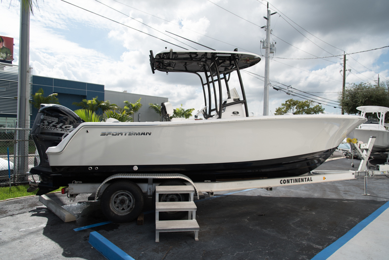 Thumbnail 2 for New 2016 Sportsman Open 232 XTREME Center Console boat for sale in West Palm Beach, FL