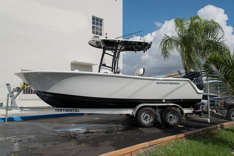 Thumbnail 7 for New 2016 Sportsman Open 232 XTREME Center Console boat for sale in West Palm Beach, FL