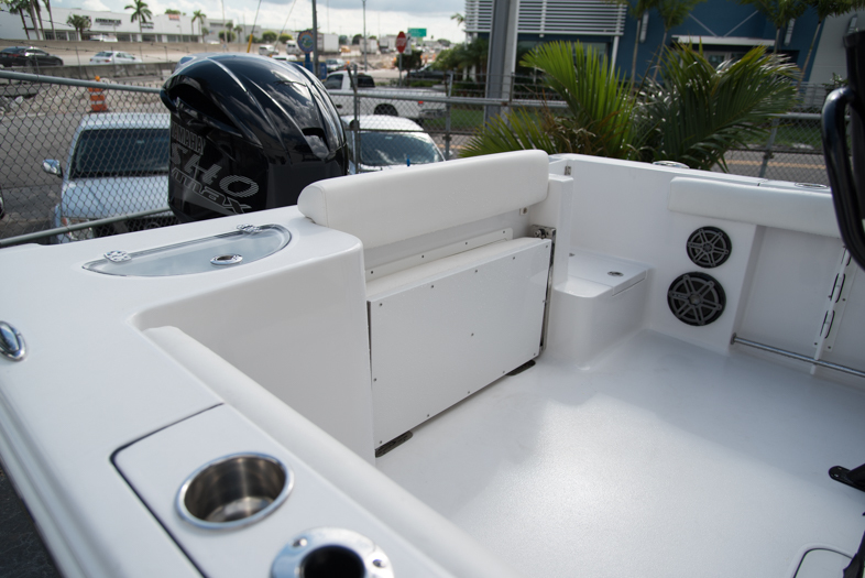 Thumbnail 20 for New 2016 Sportsman Open 232 XTREME Center Console boat for sale in West Palm Beach, FL