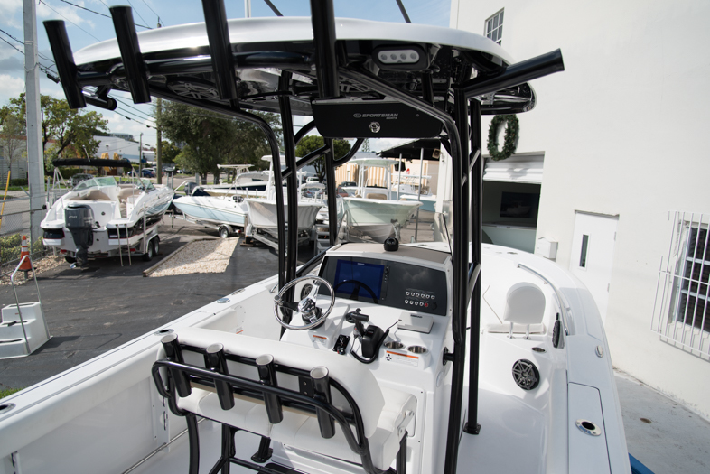 Thumbnail 34 for New 2016 Sportsman Open 232 XTREME Center Console boat for sale in West Palm Beach, FL