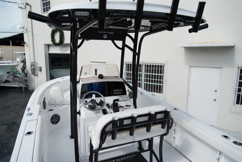 Thumbnail 36 for New 2016 Sportsman Open 232 XTREME Center Console boat for sale in West Palm Beach, FL
