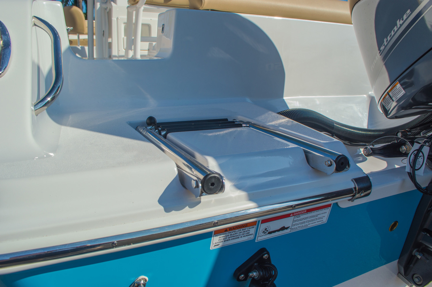 Thumbnail 11 for New 2016 Sportsman Open 212 Center Console boat for sale in West Palm Beach, FL