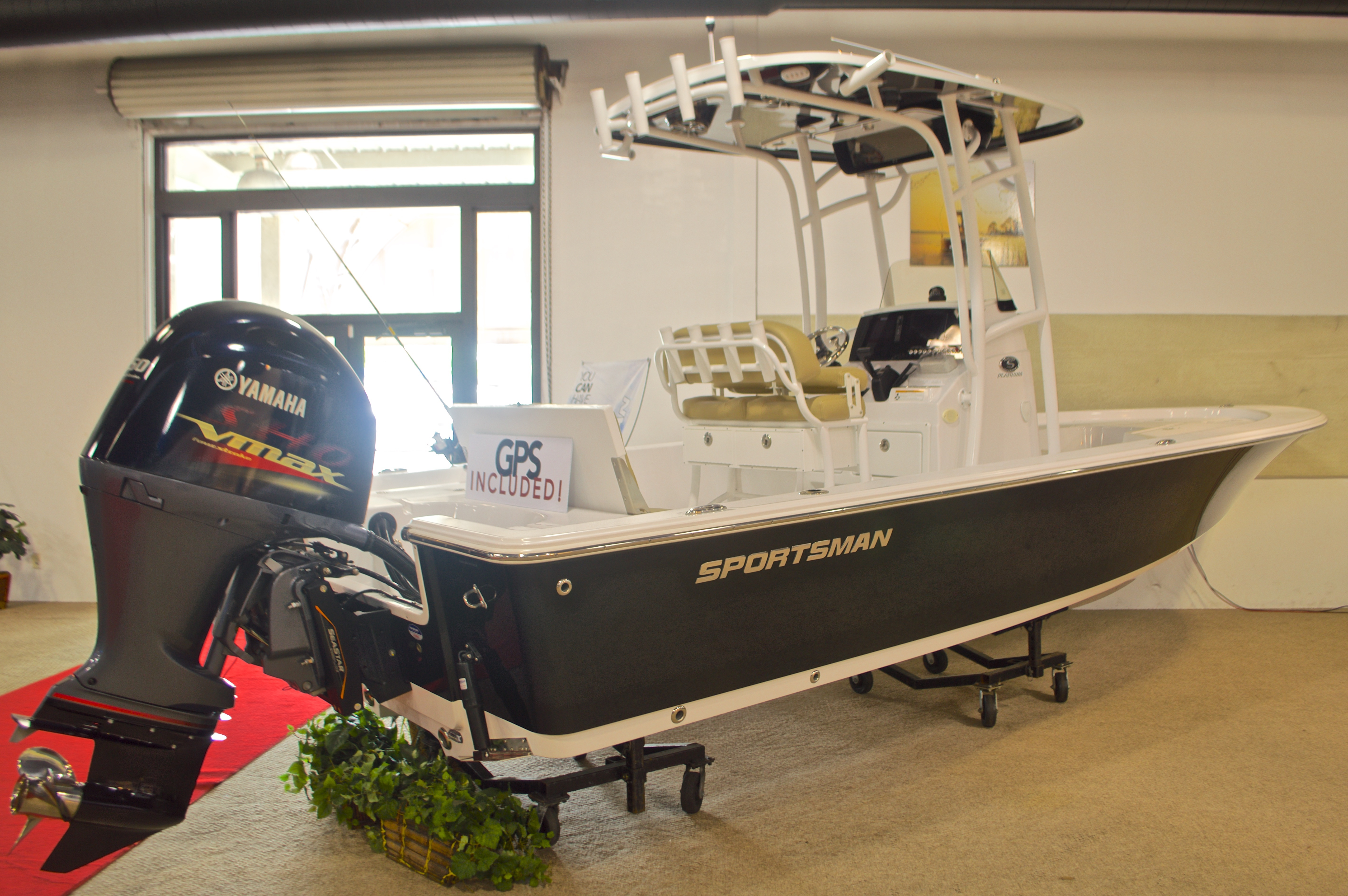 Thumbnail 1 for New 2016 Sportsman Masters 227 Bay Boat boat for sale in Miami, FL