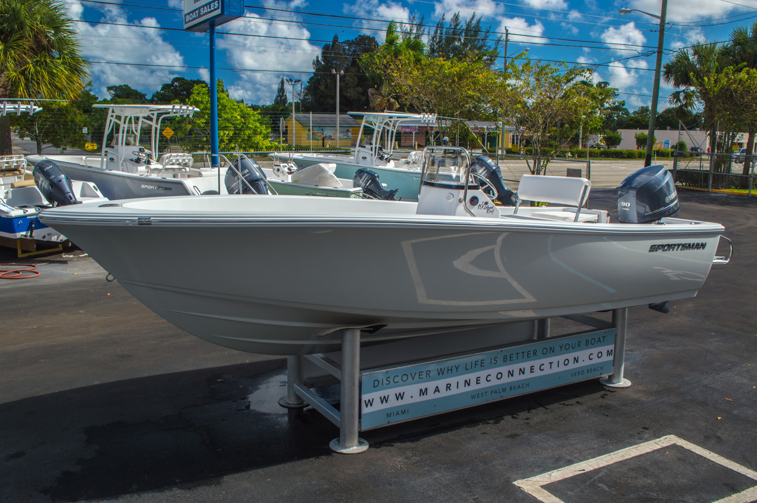 Thumbnail 11 for New 2016 Sportsman 19 Island Reef boat for sale in West Palm Beach, FL