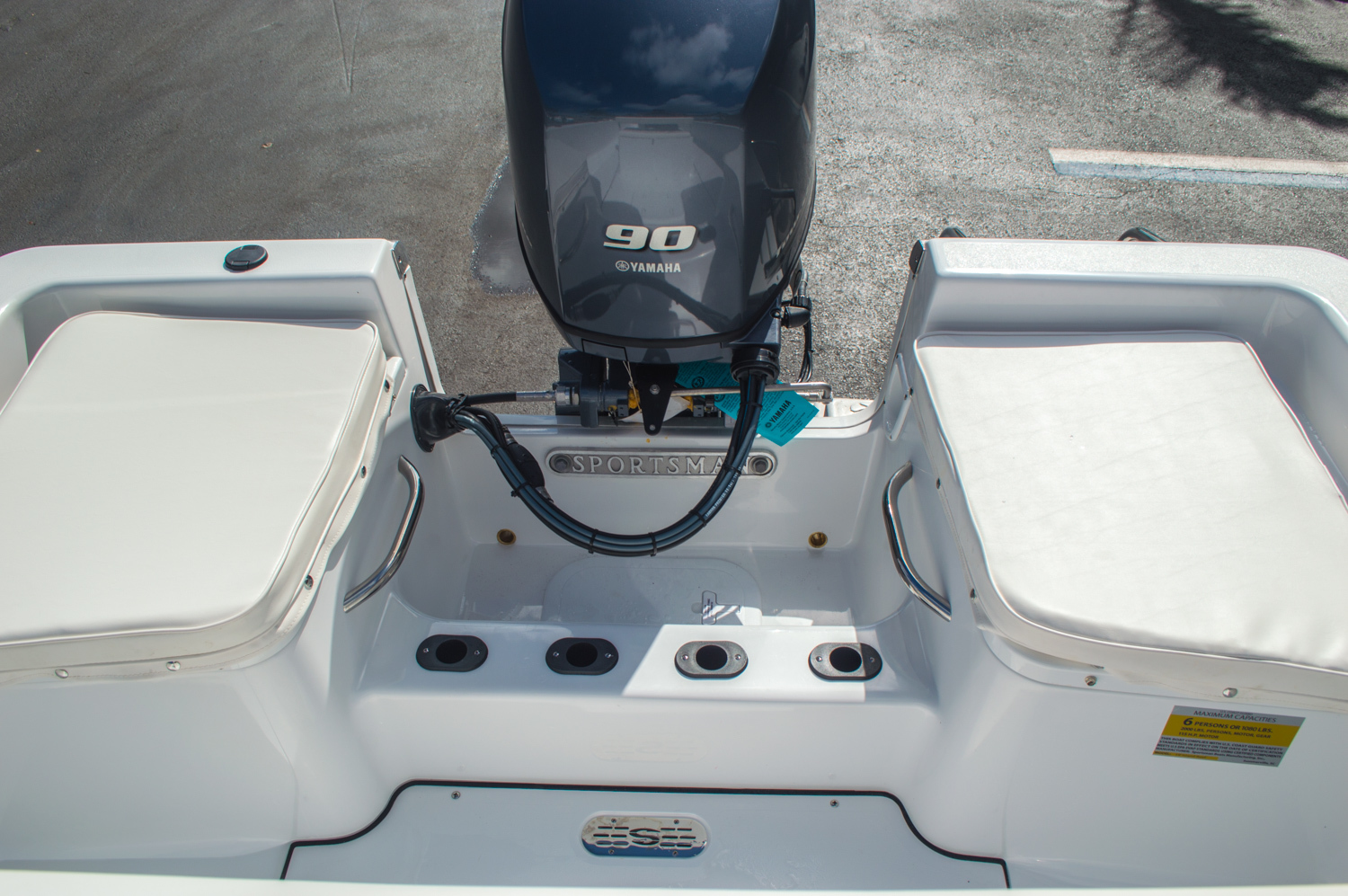 Thumbnail 19 for New 2016 Sportsman 19 Island Reef boat for sale in West Palm Beach, FL