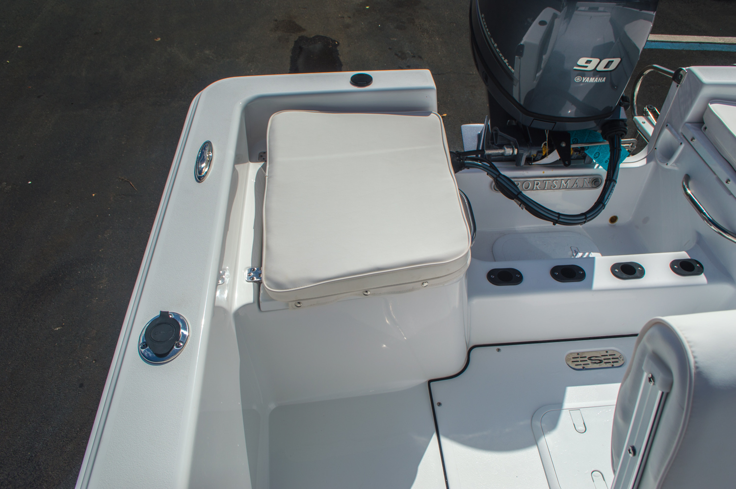 Thumbnail 24 for New 2016 Sportsman 19 Island Reef boat for sale in West Palm Beach, FL