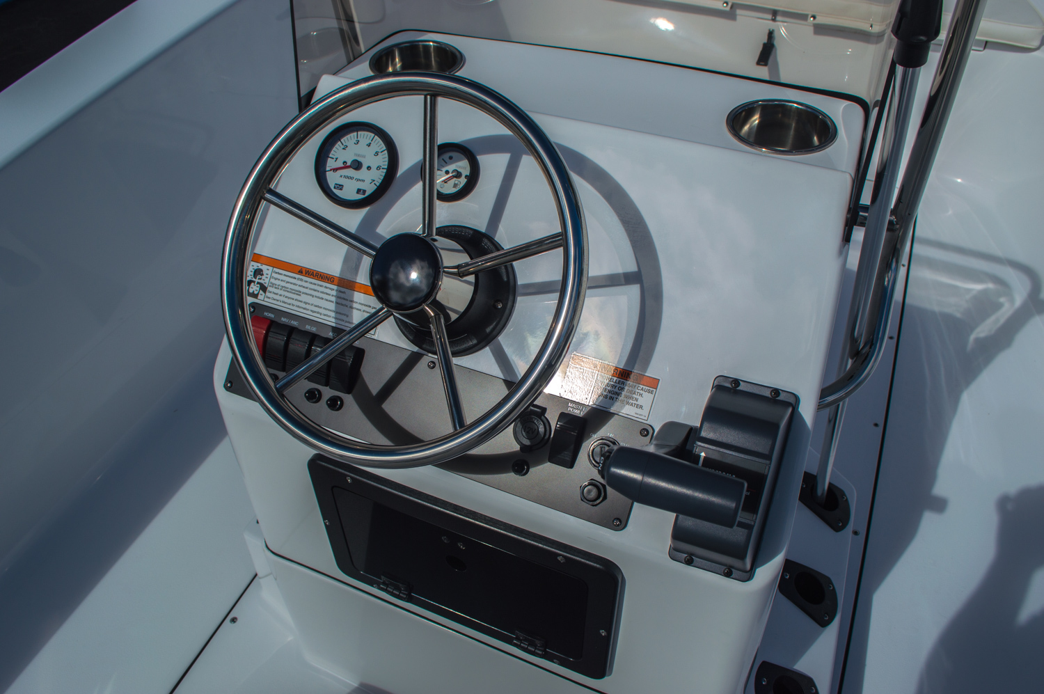 Thumbnail 33 for New 2016 Sportsman 19 Island Reef boat for sale in West Palm Beach, FL