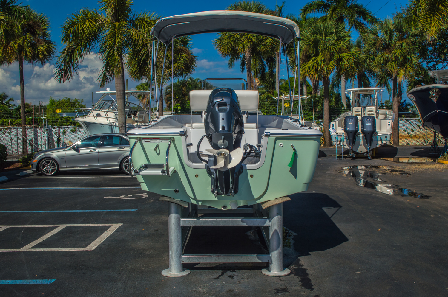 Thumbnail 6 for New 2016 Sportsman 17 Island Reef boat for sale in West Palm Beach, FL