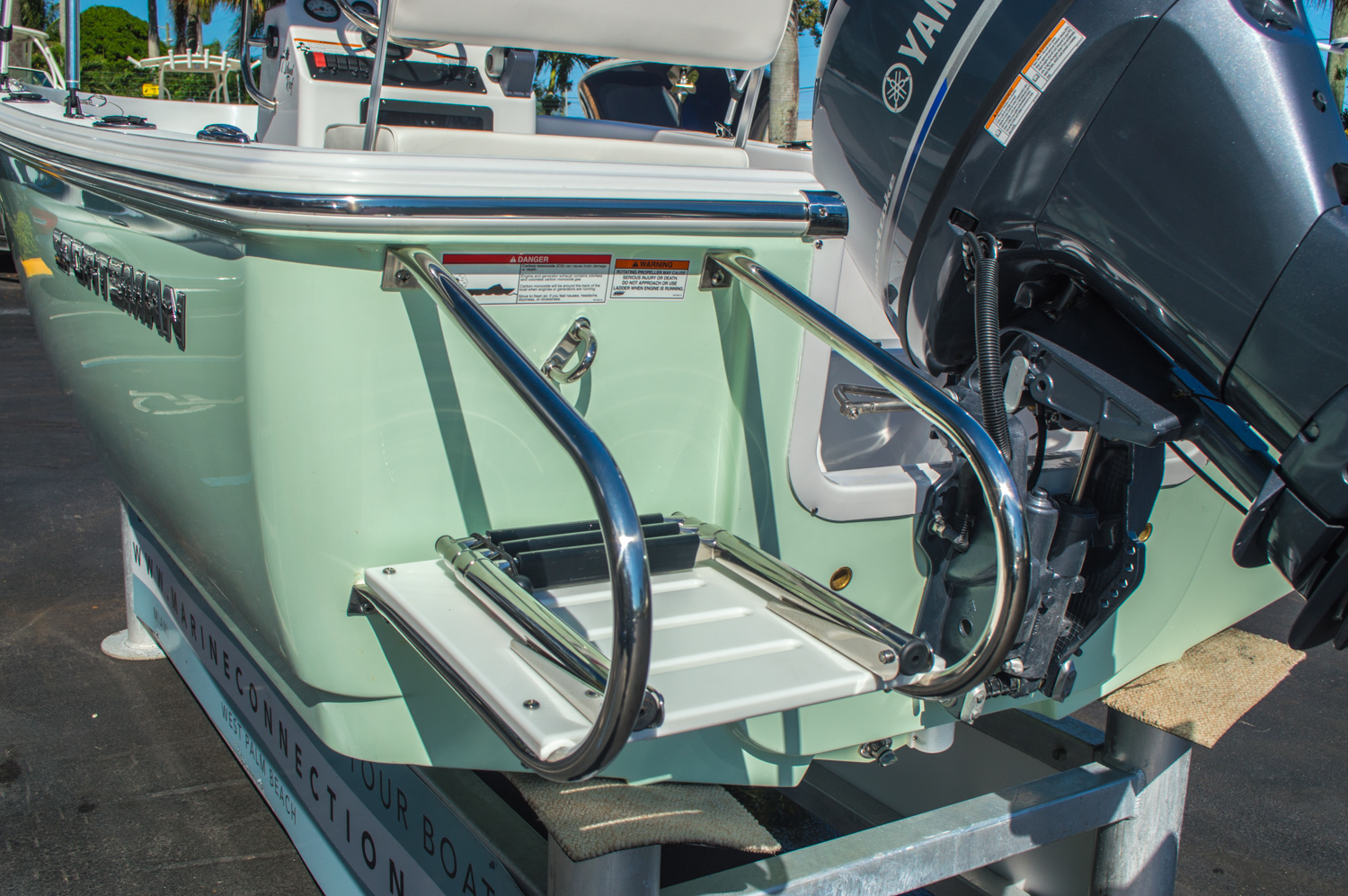Thumbnail 9 for New 2016 Sportsman 17 Island Reef boat for sale in West Palm Beach, FL