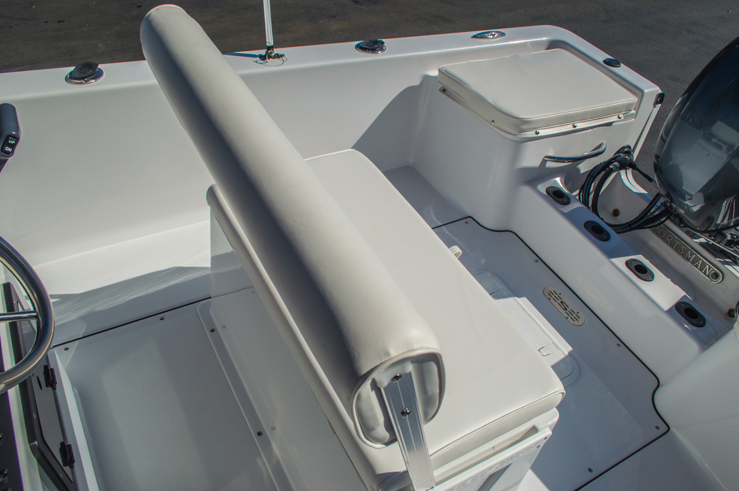 Thumbnail 19 for New 2016 Sportsman 17 Island Reef boat for sale in West Palm Beach, FL
