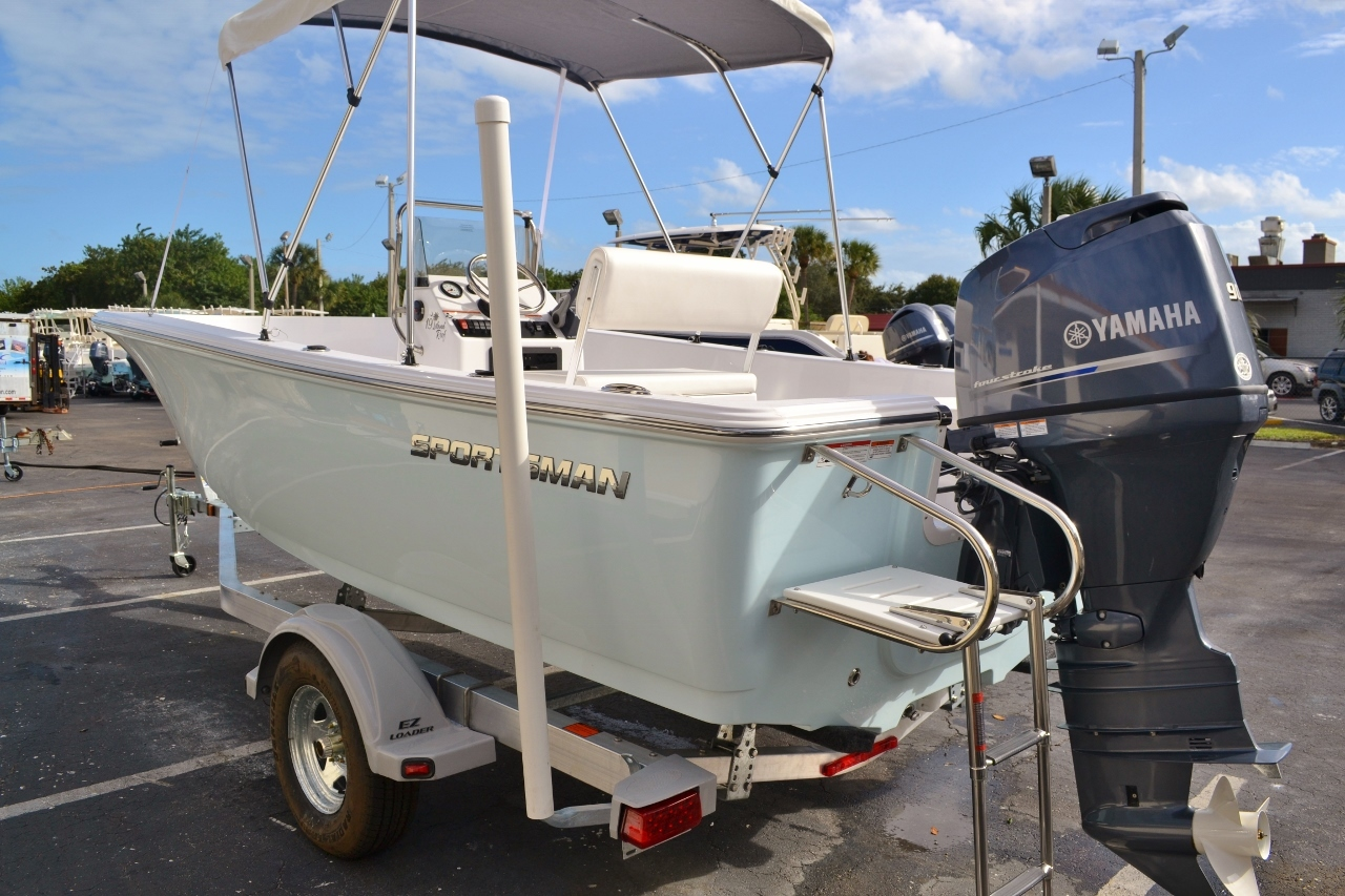 Thumbnail 4 for New 2016 Sportsman 19 Island Reef boat for sale in Miami, FL