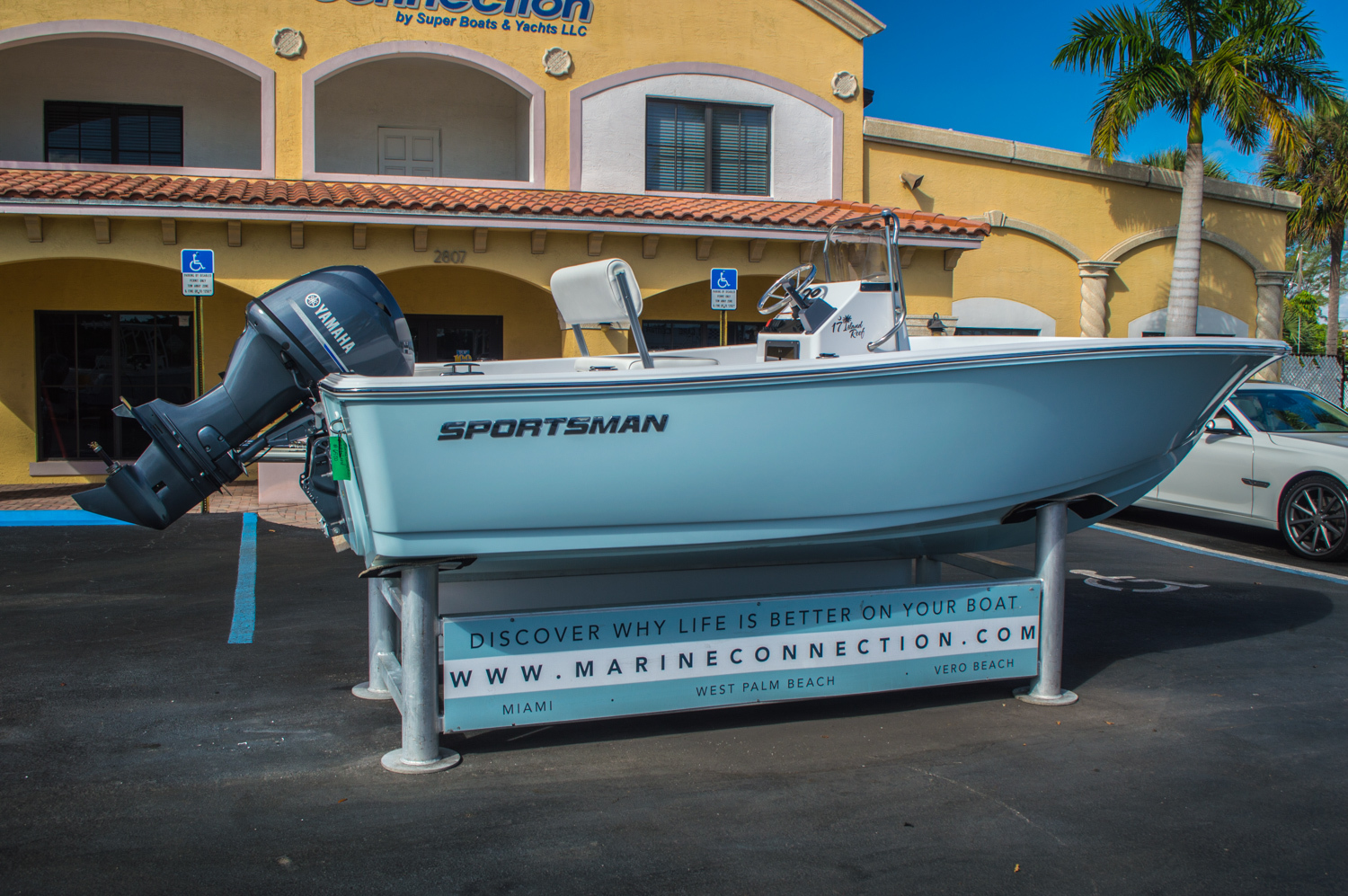 Thumbnail 7 for New 2016 Sportsman 17 Island Reef boat for sale in Vero Beach, FL