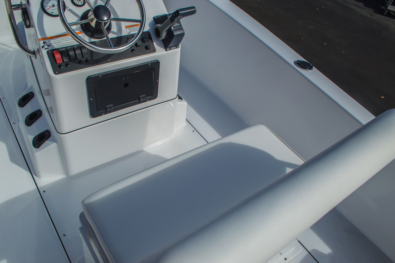 Thumbnail 13 for New 2016 Sportsman 17 Island Reef boat for sale in Vero Beach, FL