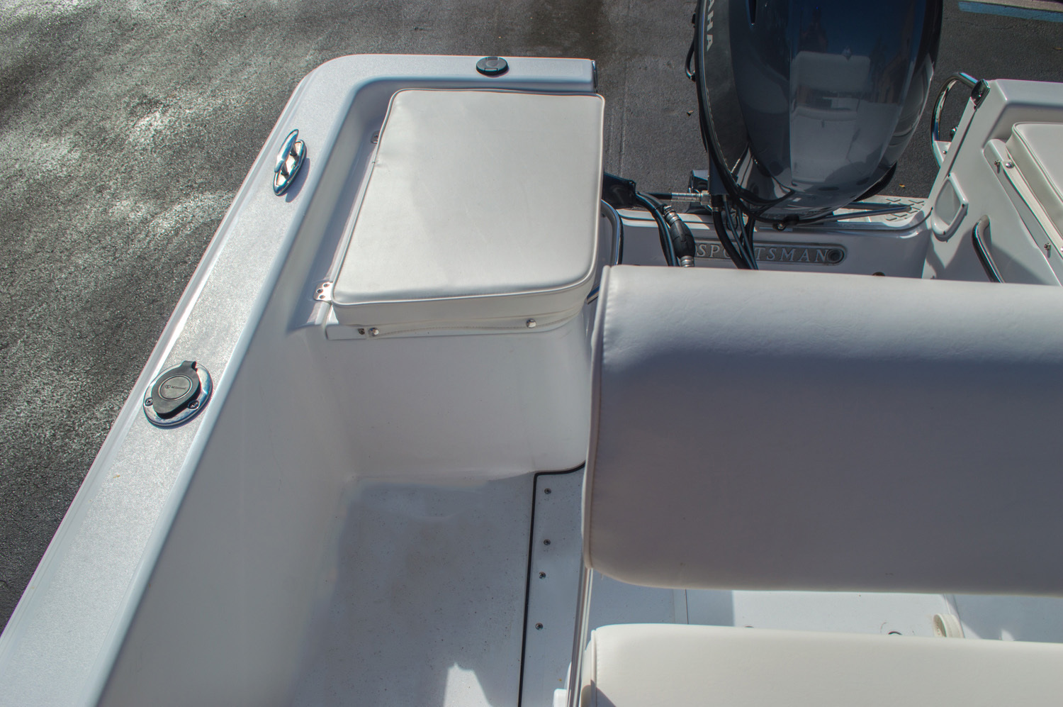 Thumbnail 17 for New 2016 Sportsman 17 Island Reef boat for sale in Vero Beach, FL