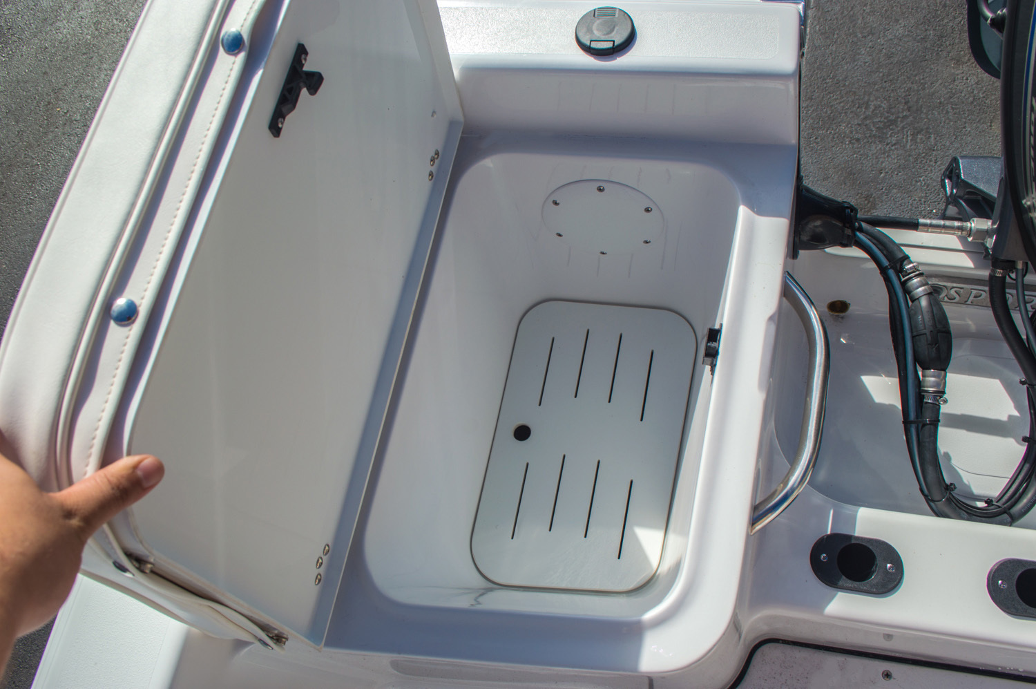 Thumbnail 18 for New 2016 Sportsman 17 Island Reef boat for sale in Vero Beach, FL