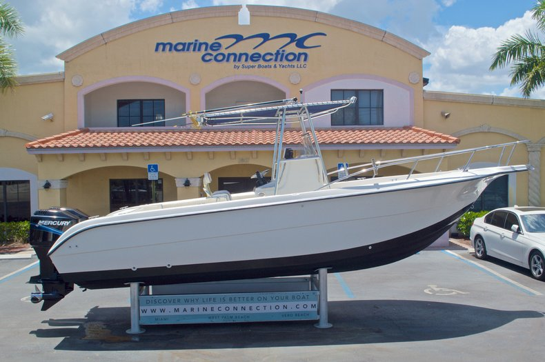 Used 2002 Sea Fox 257 Center Console boat for sale in West Palm Beach, FL