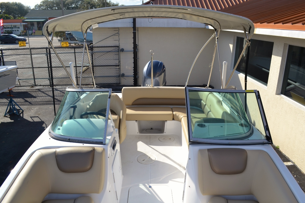 Thumbnail 14 for New 2016 Hurricane SunDeck SD 187 OB boat for sale in West Palm Beach, FL