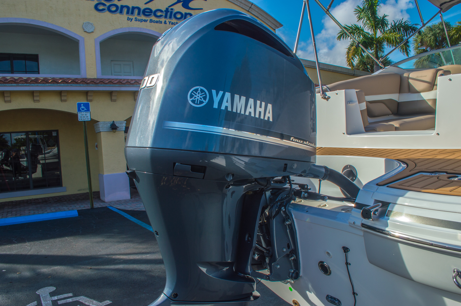 Thumbnail 59 for New 2016 Hurricane SunDeck SD 2690 OB boat for sale in West Palm Beach, FL