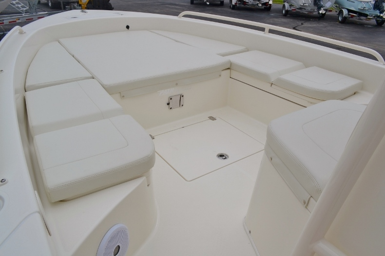 Thumbnail 22 for New 2016 Pathfinder 2600 TRS boat for sale in Vero Beach, FL