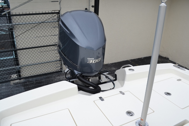 Thumbnail 33 for New 2016 Pathfinder 2600 TRS boat for sale in Vero Beach, FL