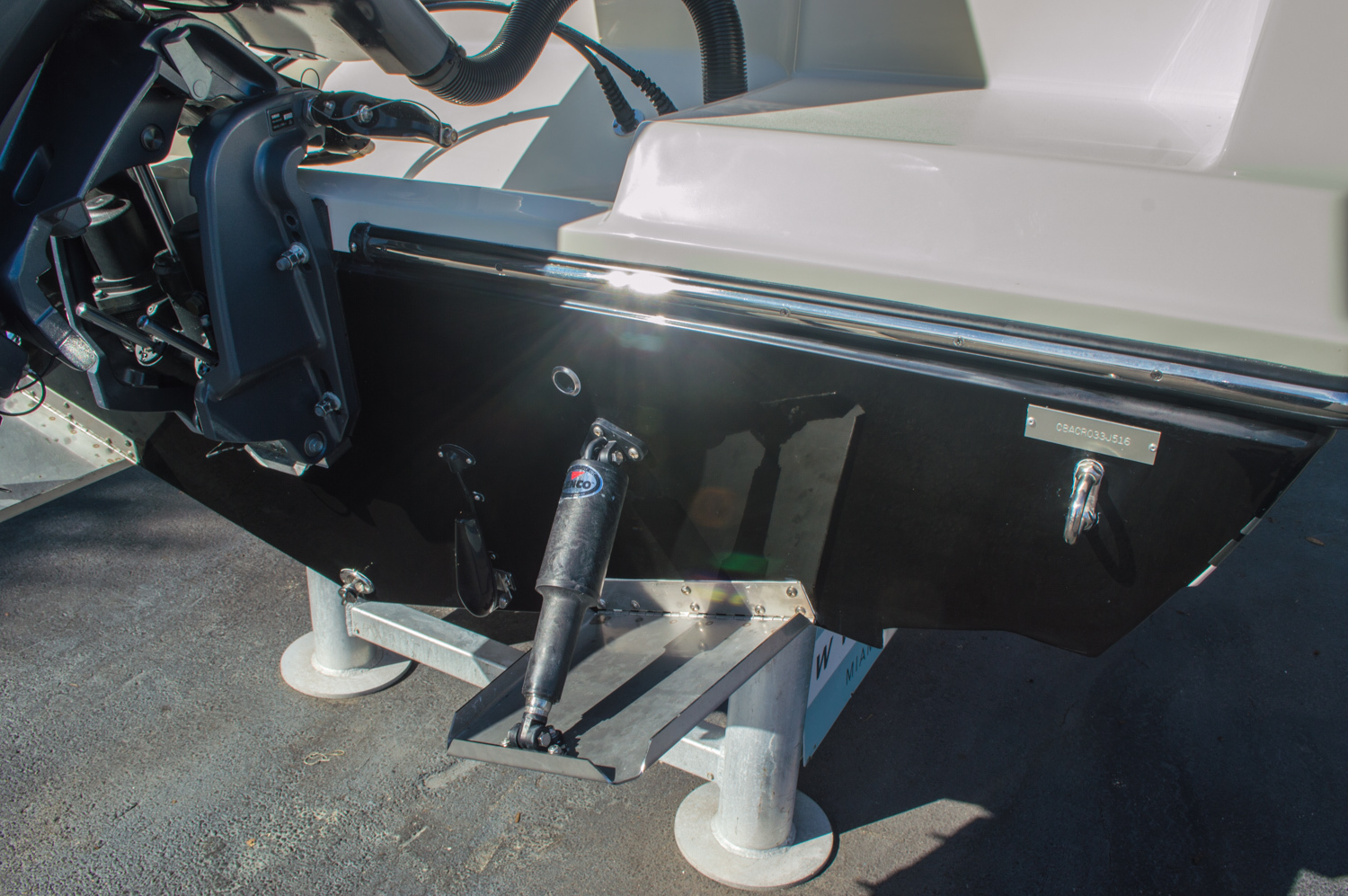 Thumbnail 9 for New 2016 Cobia 217 Center Console boat for sale in West Palm Beach, FL