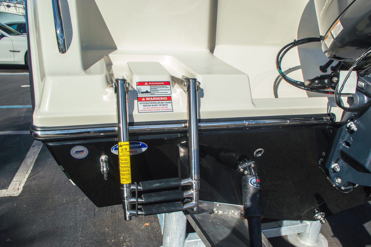 Thumbnail 11 for New 2016 Cobia 217 Center Console boat for sale in West Palm Beach, FL