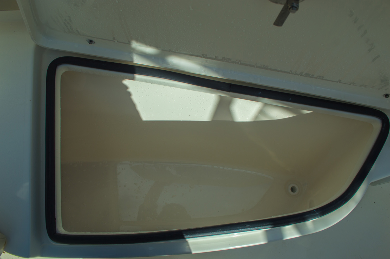 Thumbnail 45 for New 2016 Cobia 217 Center Console boat for sale in West Palm Beach, FL