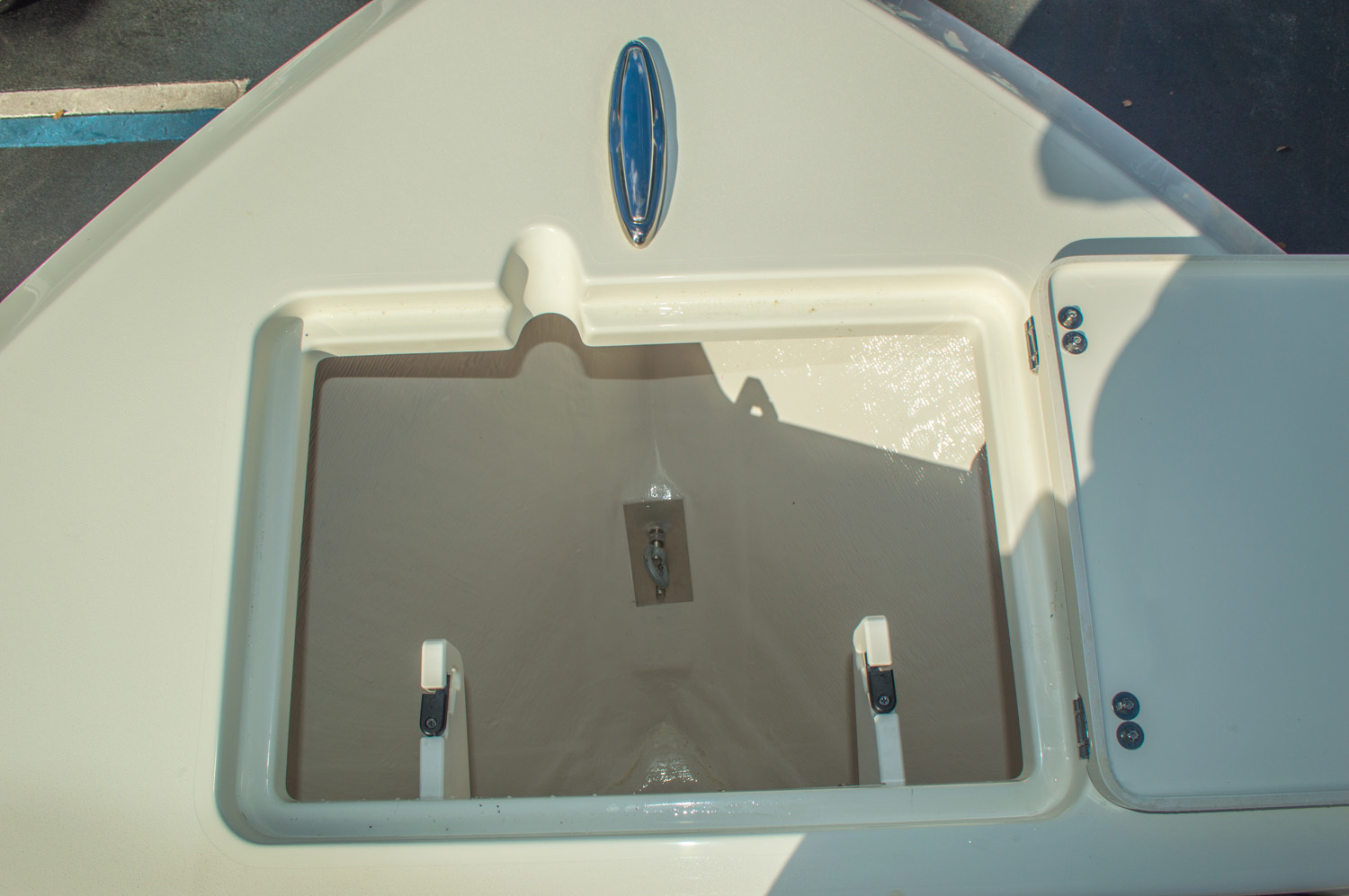Thumbnail 47 for New 2016 Cobia 217 Center Console boat for sale in West Palm Beach, FL