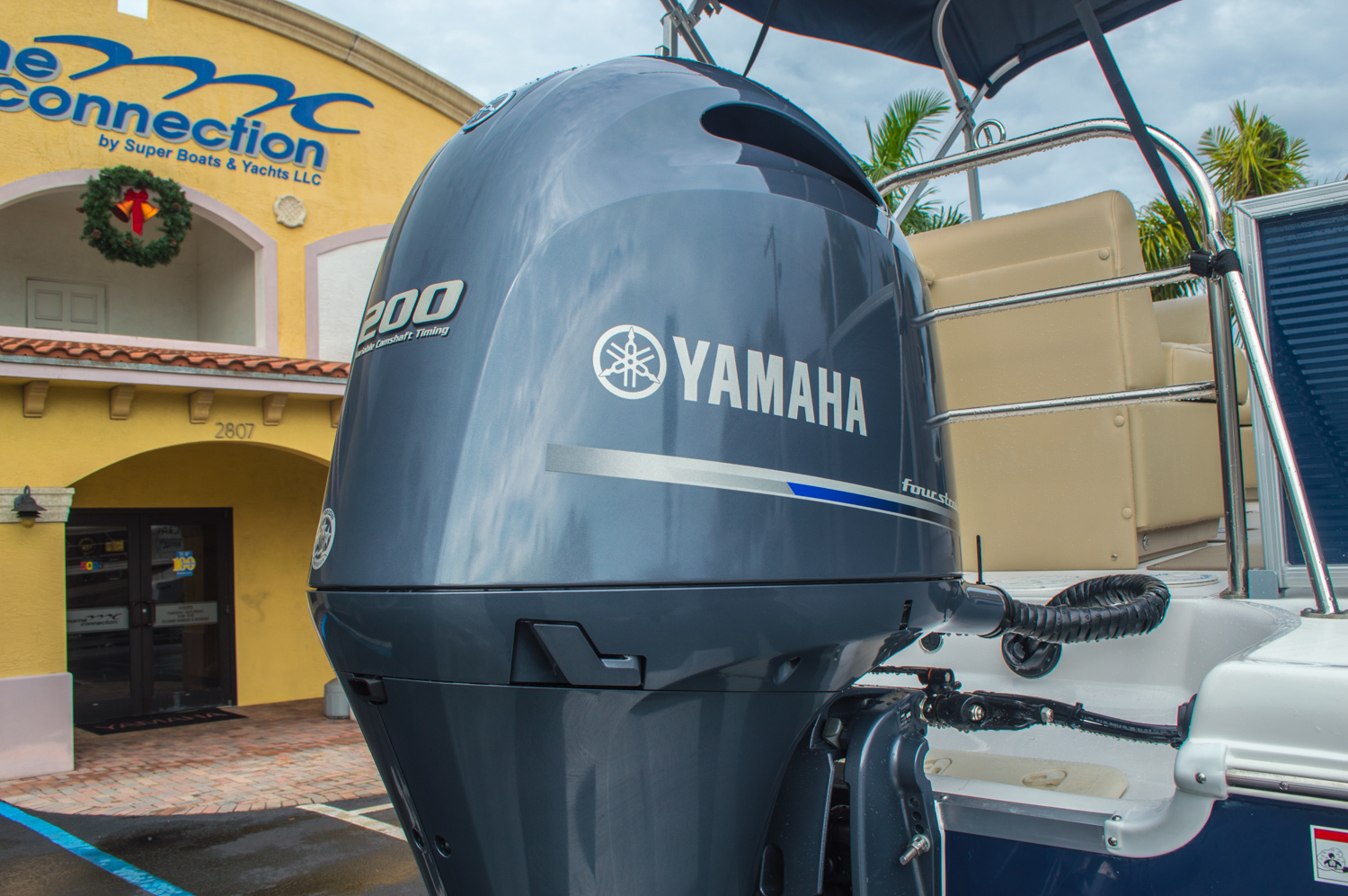 Thumbnail 8 for New 2016 Hurricane FunDeck FD 236 OB boat for sale in Miami, FL