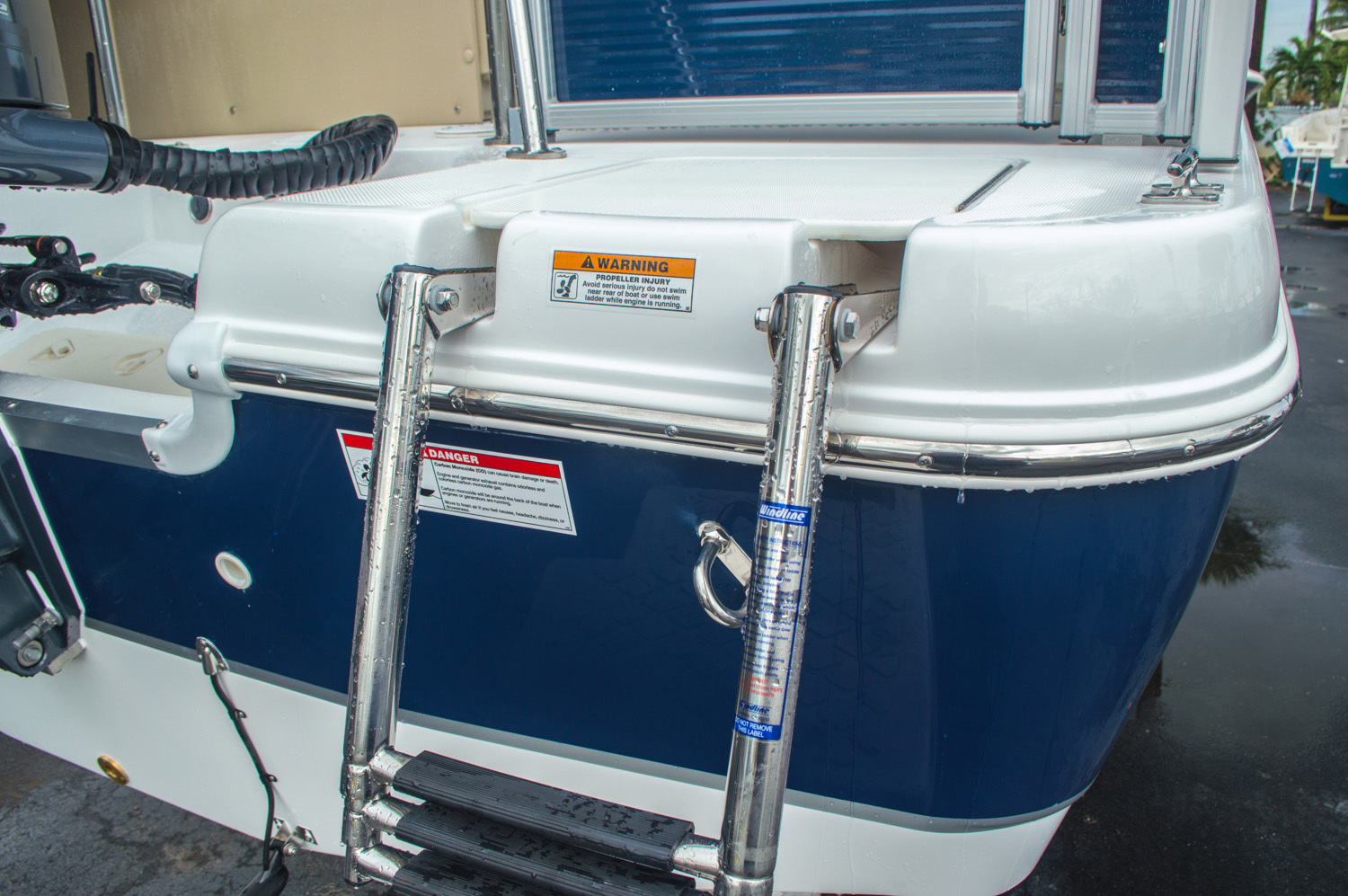 Thumbnail 10 for New 2016 Hurricane FunDeck FD 236 OB boat for sale in Miami, FL