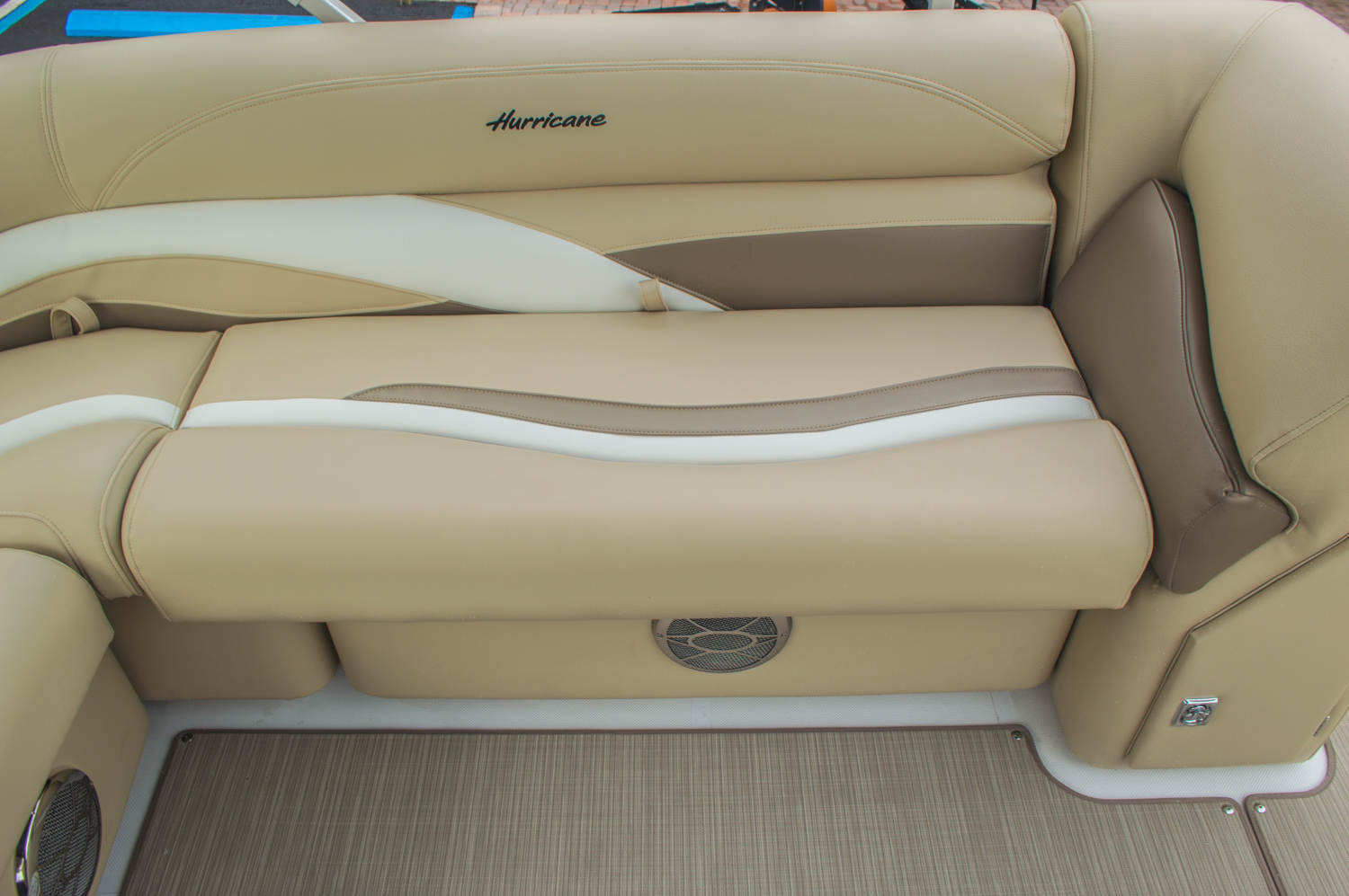 Thumbnail 24 for New 2016 Hurricane FunDeck FD 236 OB boat for sale in Miami, FL