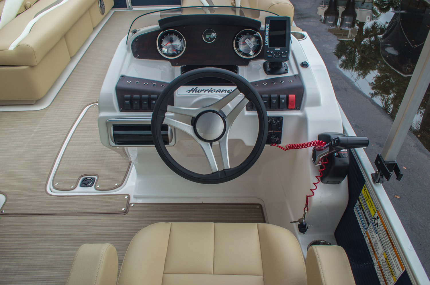 Thumbnail 28 for New 2016 Hurricane FunDeck FD 236 OB boat for sale in Miami, FL