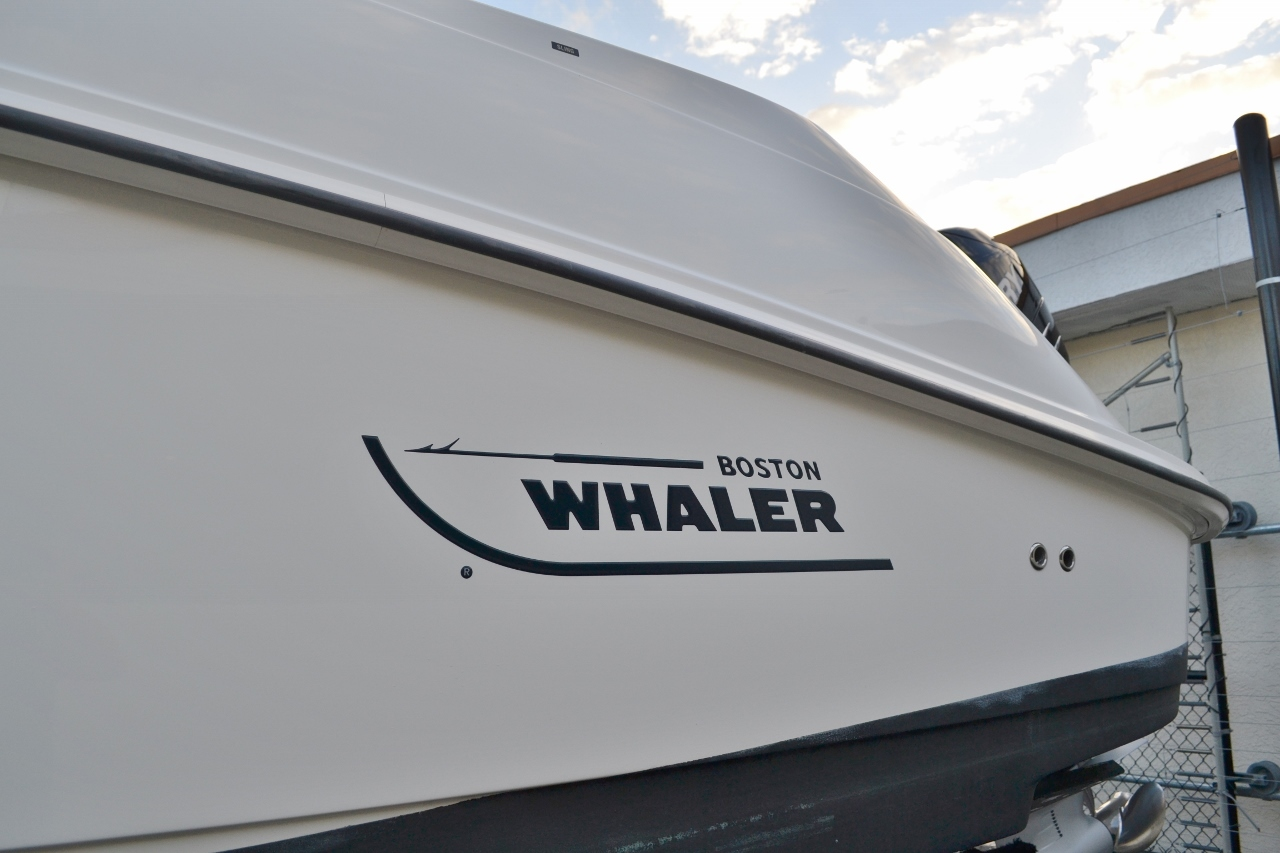 Thumbnail 4 for Used 2007 Boston Whaler 320 Outrage boat for sale in Vero Beach, FL