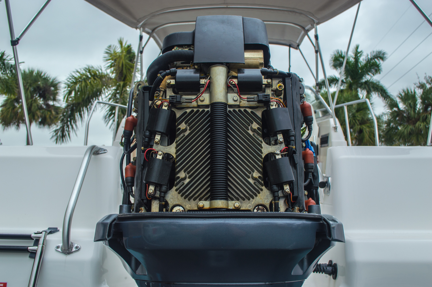 Thumbnail 13 for Used 2004 Cobia 210 WAC Walkaround boat for sale in West Palm Beach, FL
